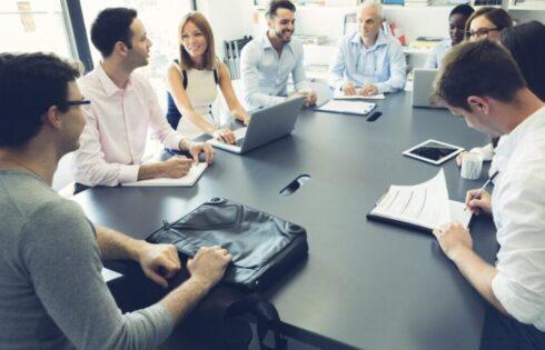 Nằm mơ thấy công ty, công việc điềm báo gì, lành hay dữ? con số liên quan